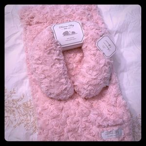 Other - Brand new soft baby blanket for girls
